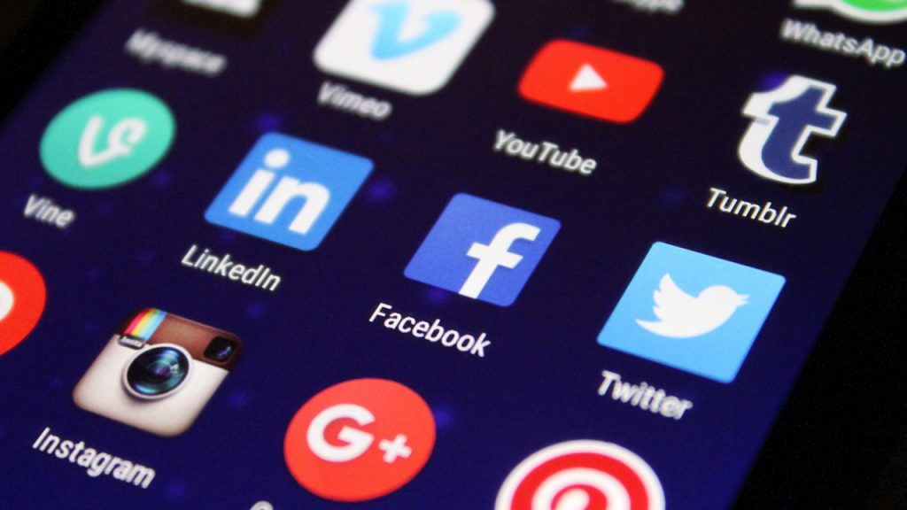 How to use Social media as your Marketing tool